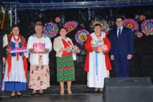 Festiwal pieśni zalotnych i miłosnych