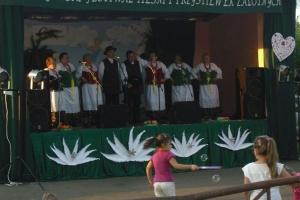 Zespół śpiewaczy Zendkowianie na IX Świętojańskim Festiwalu Pieśni i Przyśpiewek Zalotnych w Preczowie